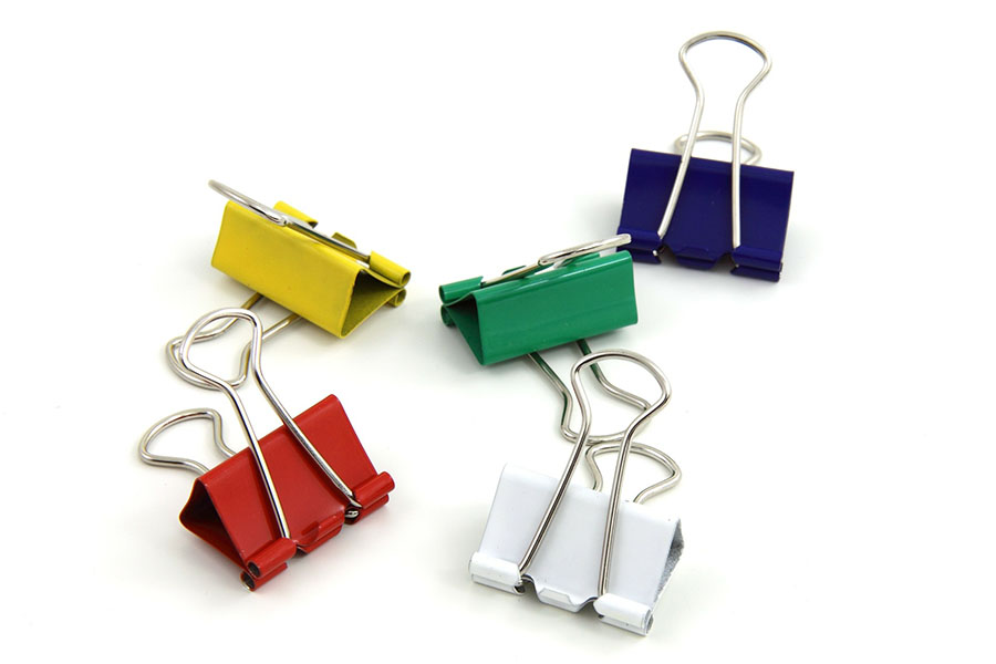 Binder Clip as a Travel Hack