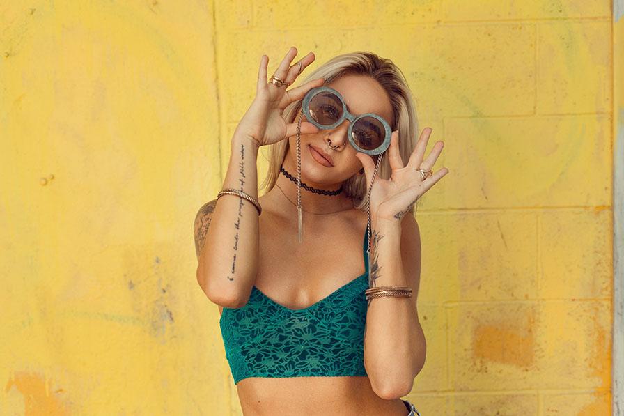 Travel Hacks with Sunglasses