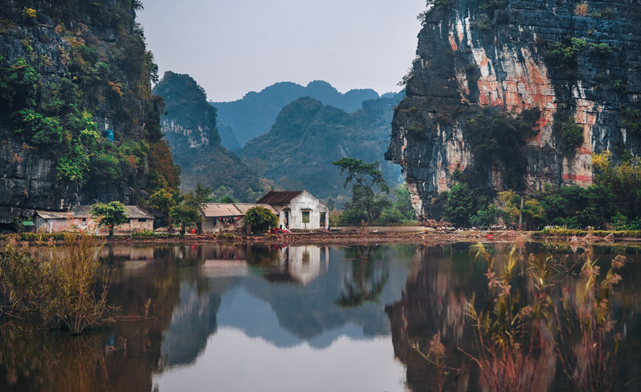 How to travel to Vietnam Cheaply